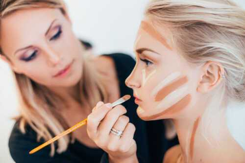 Be a makeup artist Training