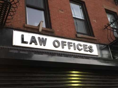 Law firm outside the law school without a business plan