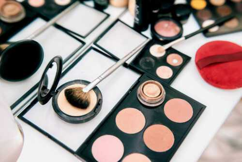Sell Makeup and Home Makeup to Customers