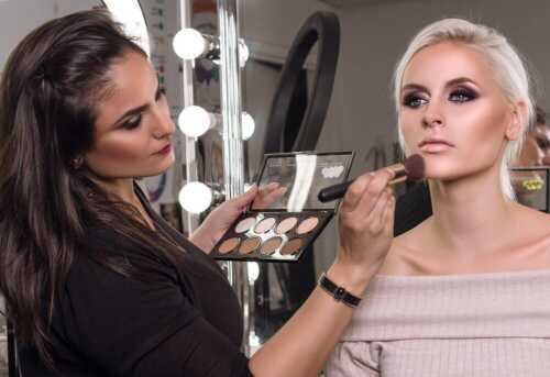 Skills you need to be a successful makeup artist