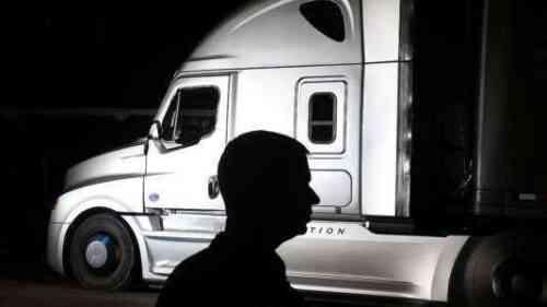 Как правильно позиционировать продовольственный грузовик для клиентов, чтобы найти вас