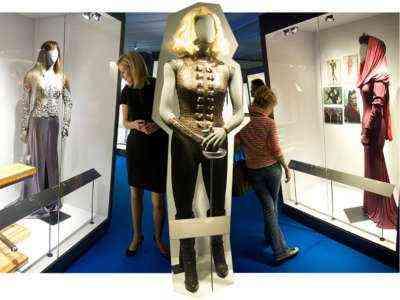 Маркетинговая идея 007 Знакомство с клиентами на выставках