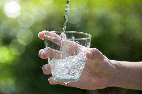 Топ 10 советов по покупке воды в бутылках на продажу