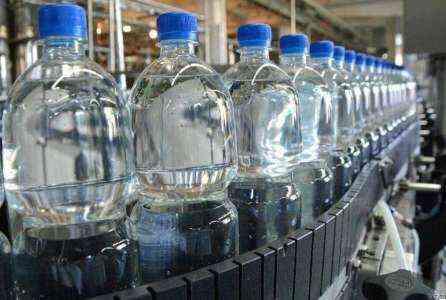 Какова лучшая страховка для компании по производству бутилированной воды?