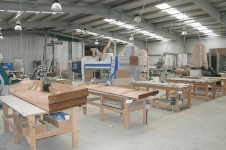 Начиная бизнес по производству мебели из дома