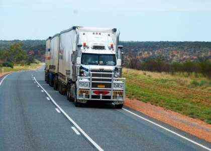 Как начать бизнес по производству грузовиков без денег