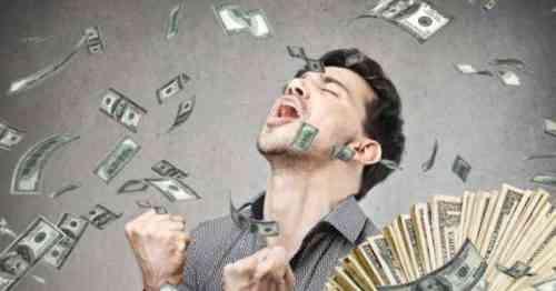 Сколько денег в среднем делают владельцы продуктового грузовика в месяц